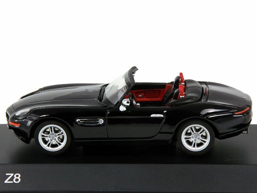 1:43 Paragon BMW Z8 E52 с жесткой крышей в комплекте черный металлик