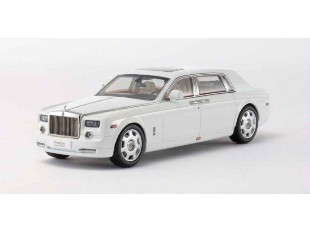 1:43 Kyosho Rolls-Royce Phantom Extended Wheelbase 2003 English White II