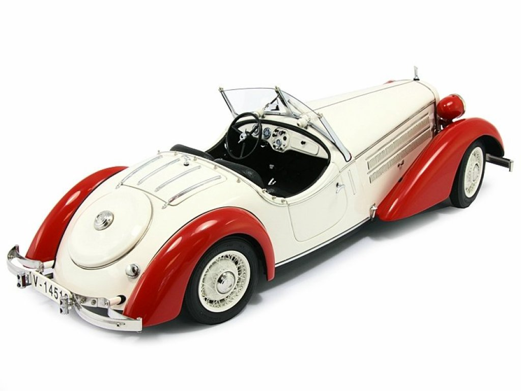 1:18 CMC AUDI 225 FRONT ROADSTER RED/WHITE 1935