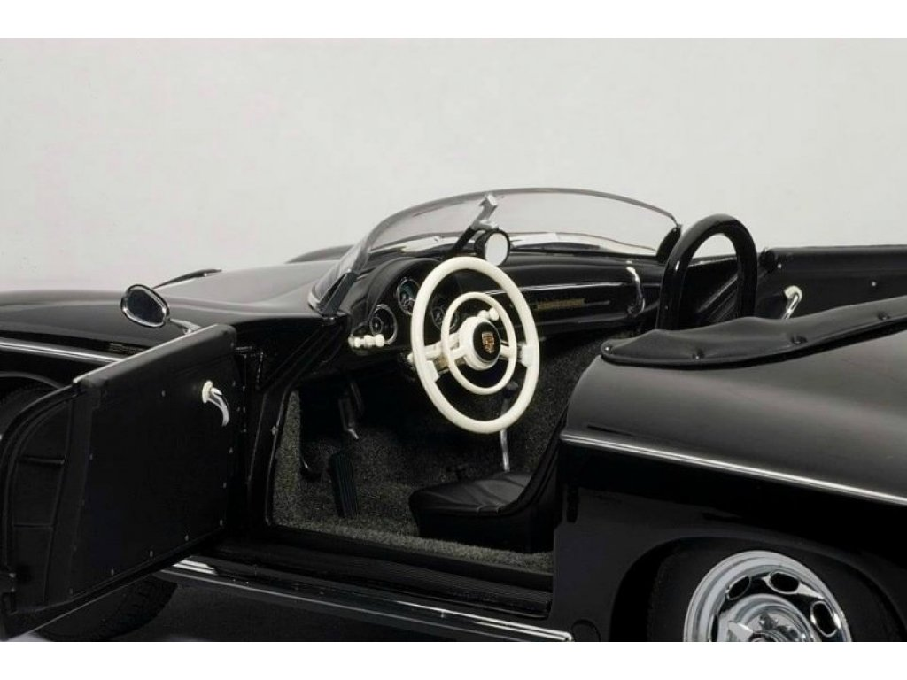 1:18 AUTOart PORSCHE SPEEDSTER #71 STEVE MCQUEEN VERSION (BLACK)