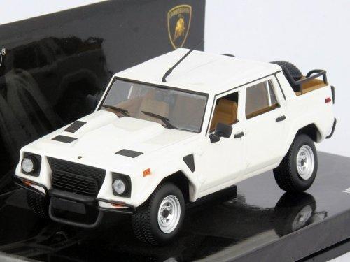 1:43 Minichamps Lamborghini LM002 1984 белый