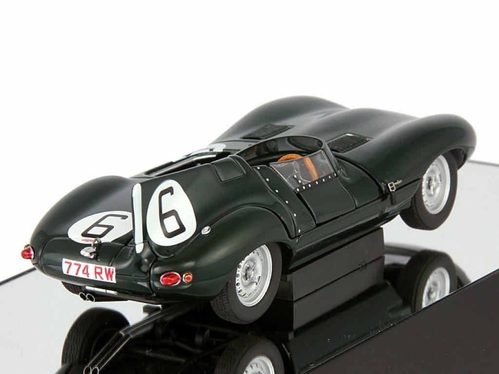 1:43 AUTOart Jaguar D-type LeMans 24hr race1955 победитель J.M.Hawthorn/ I.L.Bueb #6 с открывающимися элементами