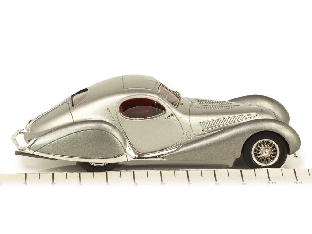 1:43 Spark Talbot Lago T150 SS Figoni & Falaschi 1937 серебристый