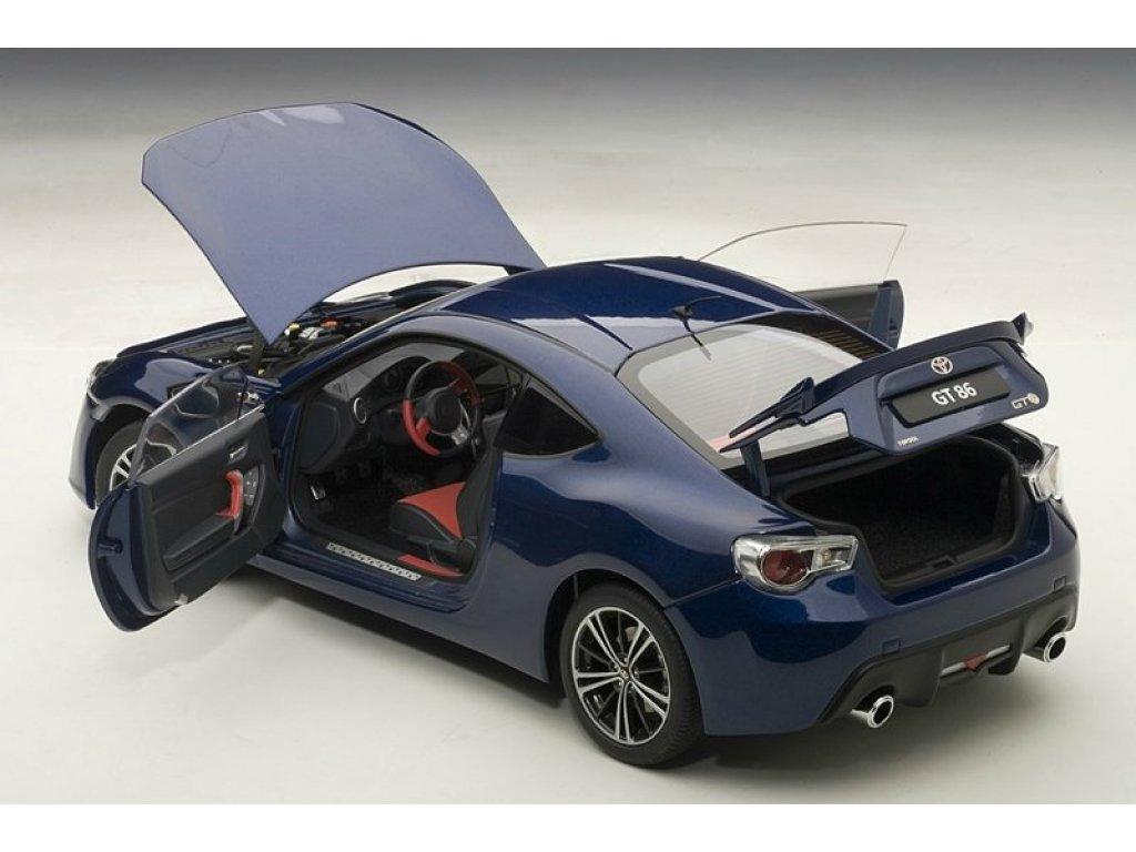 1:18 AUTOart Toyota GT86 2012 европейская версия темно-синий