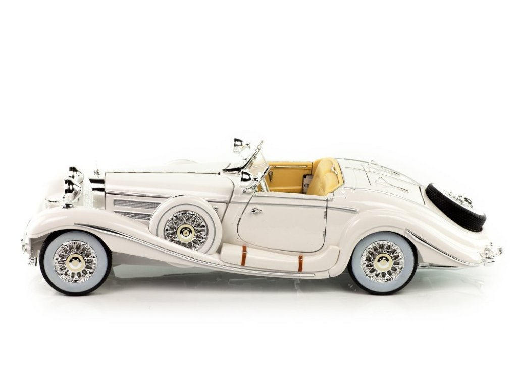 1:18 Maisto Mercedes-Benz 500К Special Roadster W29 белый Махараджа