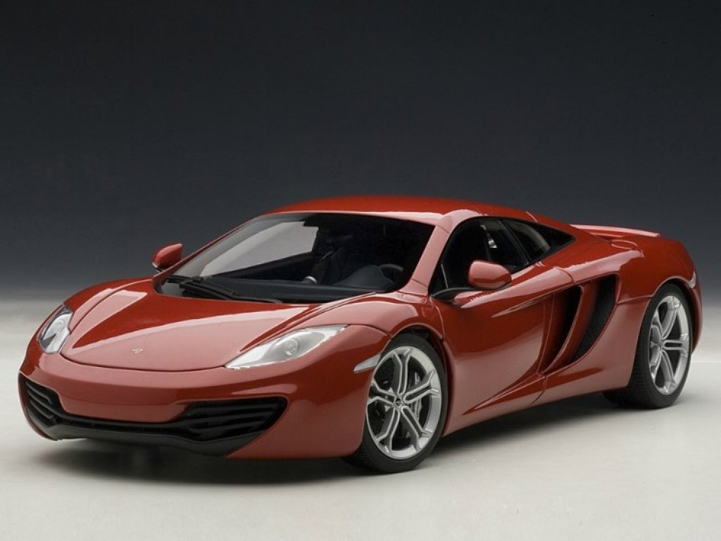 1:18 AUTOart MCLAREN MP4-12C (RED)