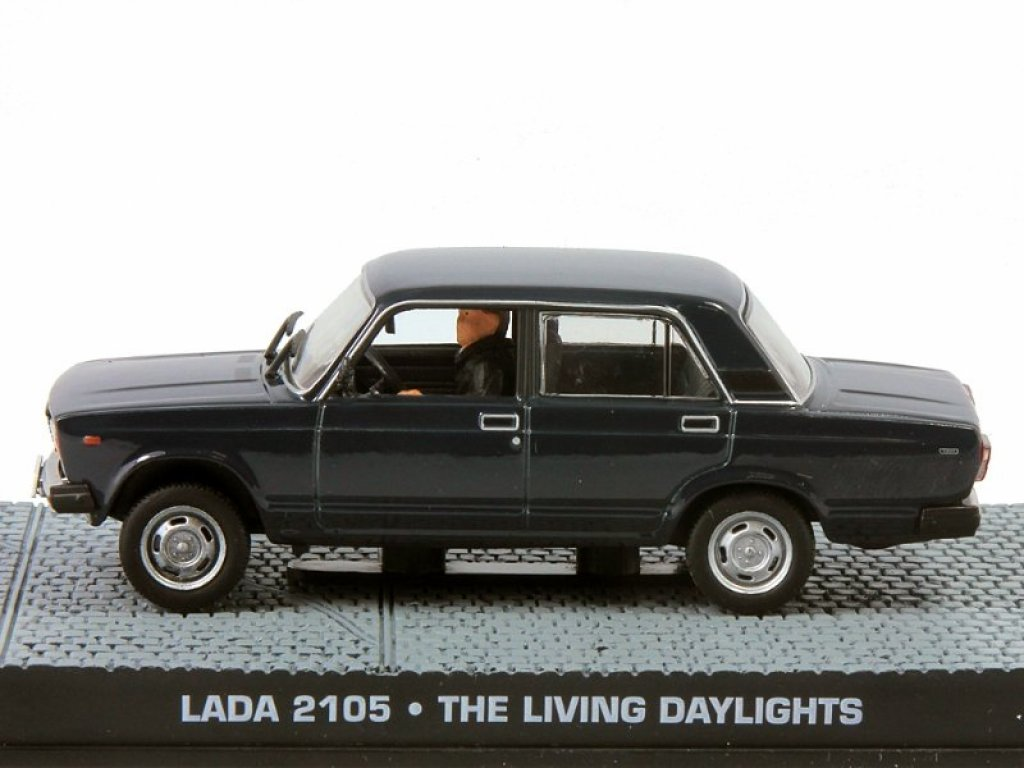 1:43 GE Fabbri ВАЗ 2105 LADA The Living Daylights 1987 черный с фигуркой