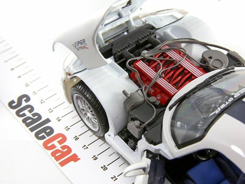 1:18 Maisto Dodge Viper GT2 Coupe белый