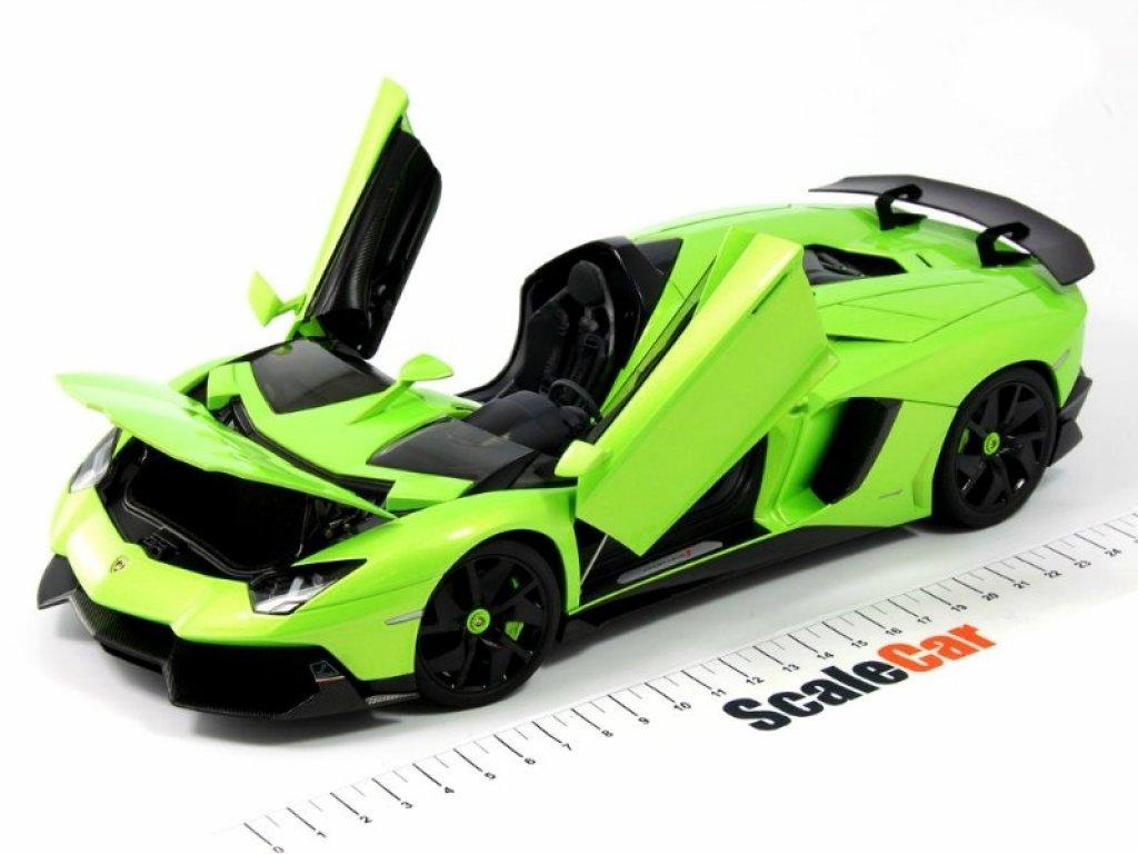 1:18 AUTOart LAMBORGHINI AVENTADOR J 2012 зеленый мет.