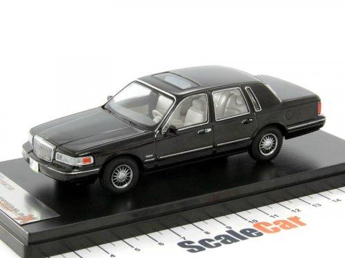 1:43 PremiumX LINCOLN TOWN CAR 1996 черный
