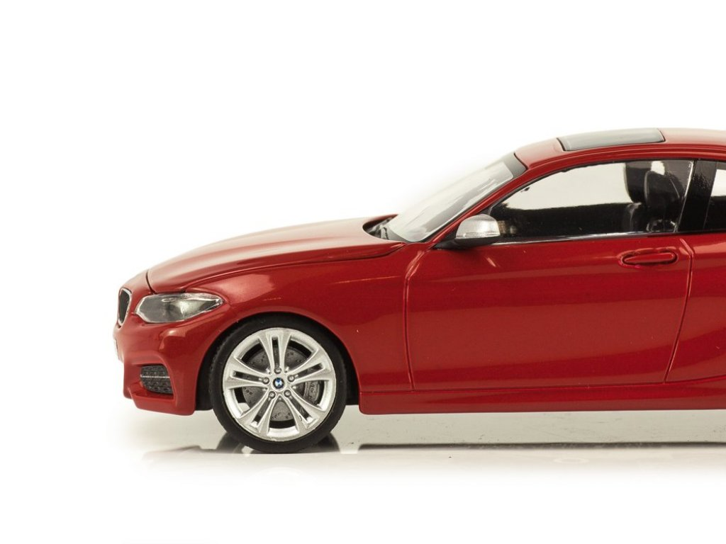 1:43 Minichamps BMW 2er Coupe F22 melbourne red красный