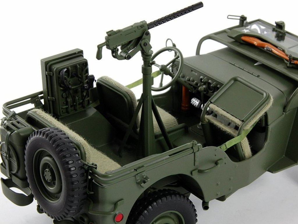 1:18 AUTOart Willys Jeep 1943 с прицепом (аксессуары в комлекте: пулемет, ящик ЗИП, бочка, радиостанция) хаки