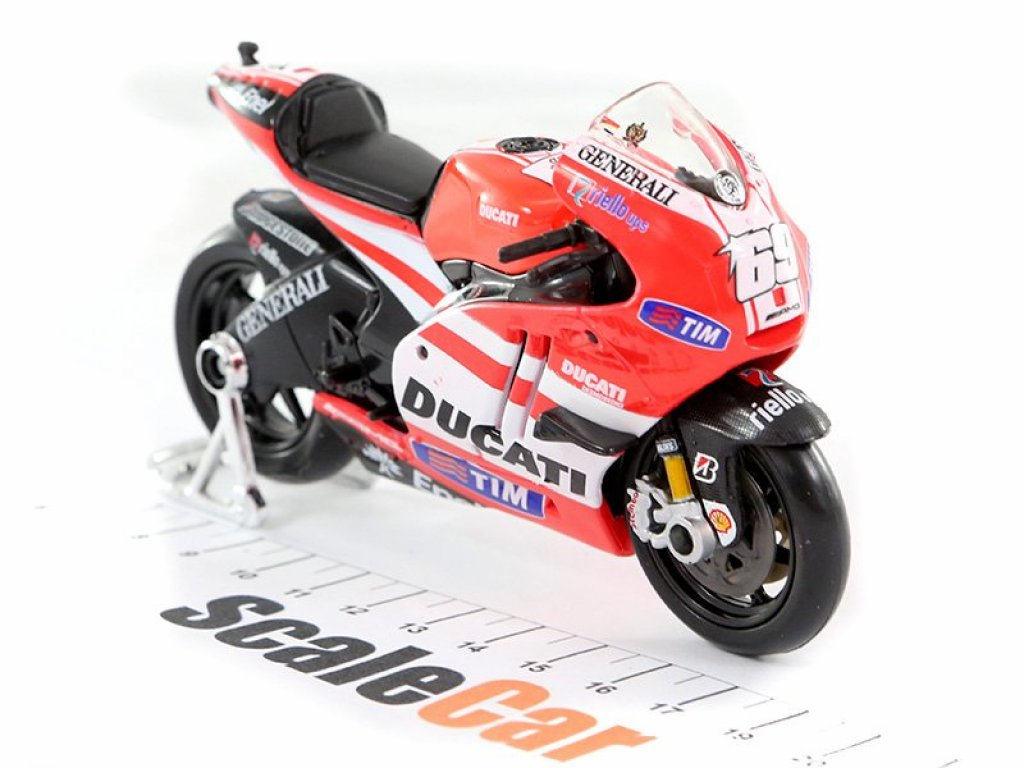 1:18 Maisto Мотоцикл Ducati Desmosedici GP11 #69 Nicky Hayden