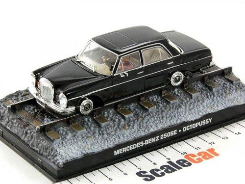 1:43 GE Fabbri Mercedes-Benz 250SE W111 на рельсах Джеймс Бонд 007 Осьминожка 1983 James Bond Octopussy
