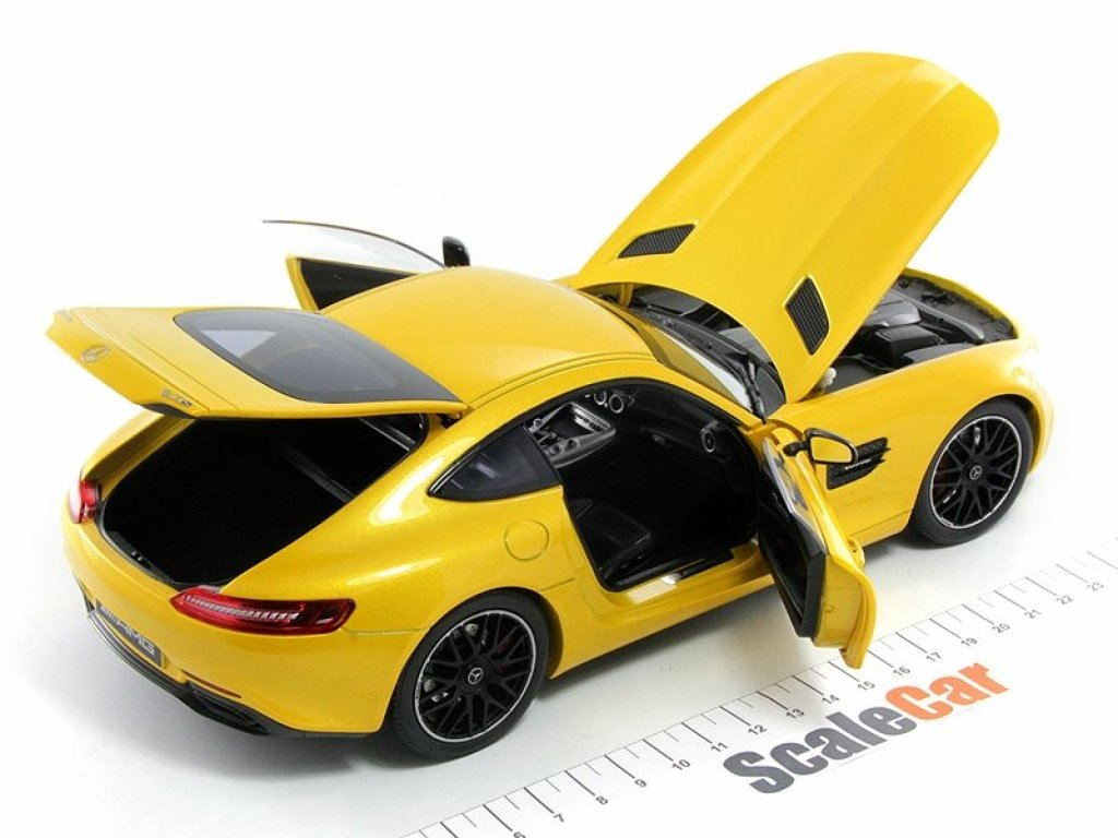 1:18 Norev Mercedes AMG GT S (C190) желтый мет