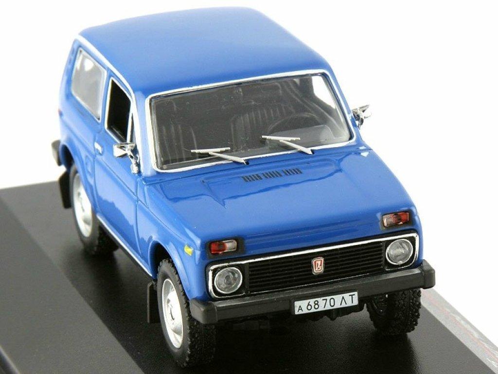1:43 IST ВАЗ 2121 НИВА 1978 синий