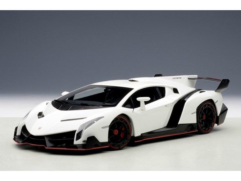 1:18 AUTOart Lamborghini Veneno 2013 (bianco monocerus/white)