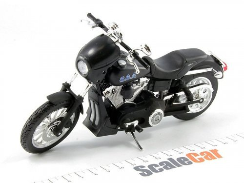 1:12 Maisto Мотоцикл Harley-Davidson FXDBI Dyna Street Bob 2006 Alex TIG Trager из т/с Sons Of Anarchy (Сыны Анархии)