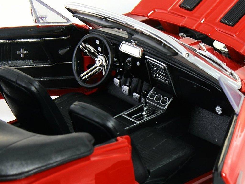 1:18 Maisto Chevrolet Camaro SS 396 Cabrio красный