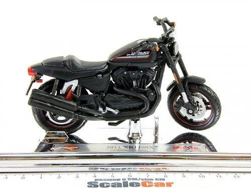 1:18 Maisto Мотоцикл Harley-Davidson XR1200X 2011 матовый черный