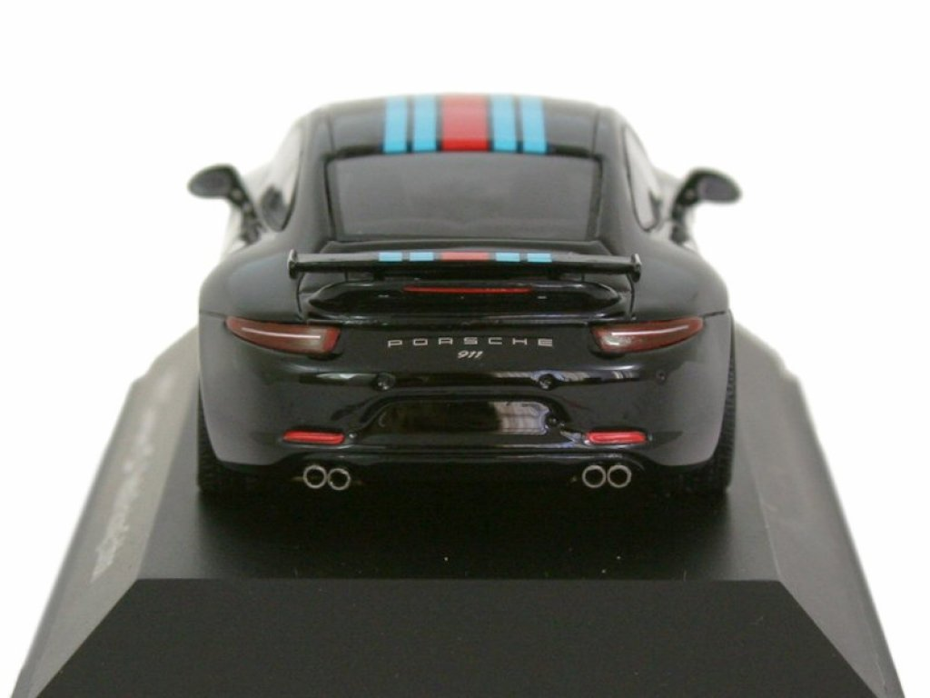 1:43 Spark Porsche (991) Carrera S Martini Racing Edition 2015 черный