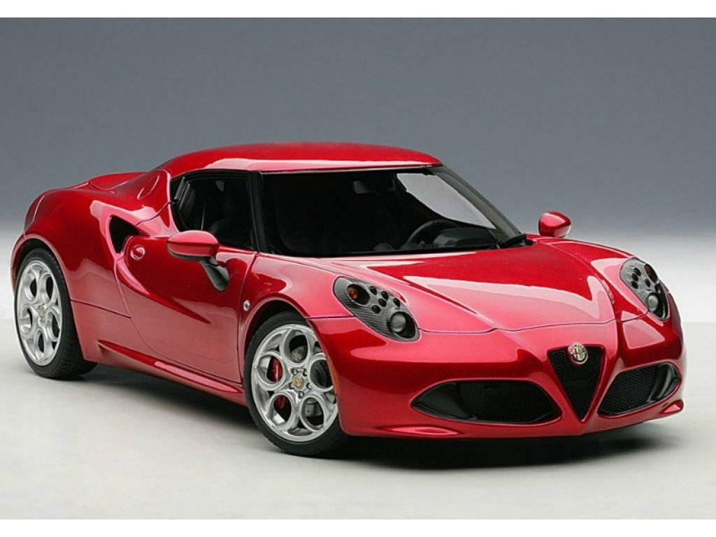 1:18 AUTOart Alfa Romeo 4C 2013 (красный)