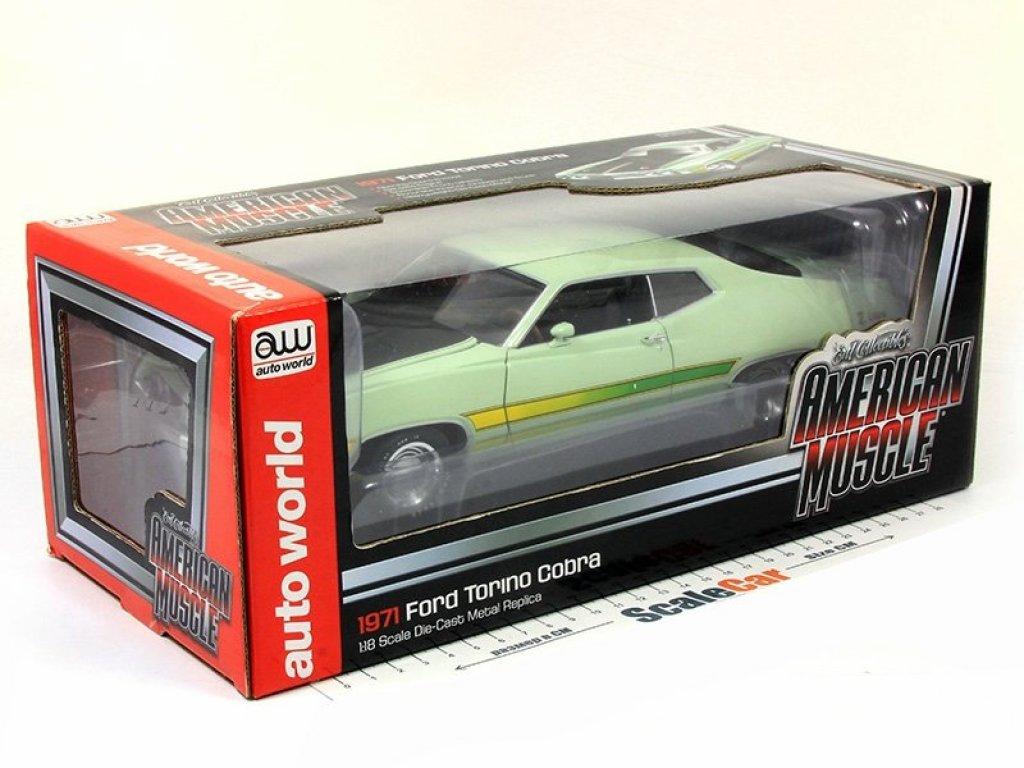 1:18 Auto World Ford Torino Cobra 1971 светло-зеленый