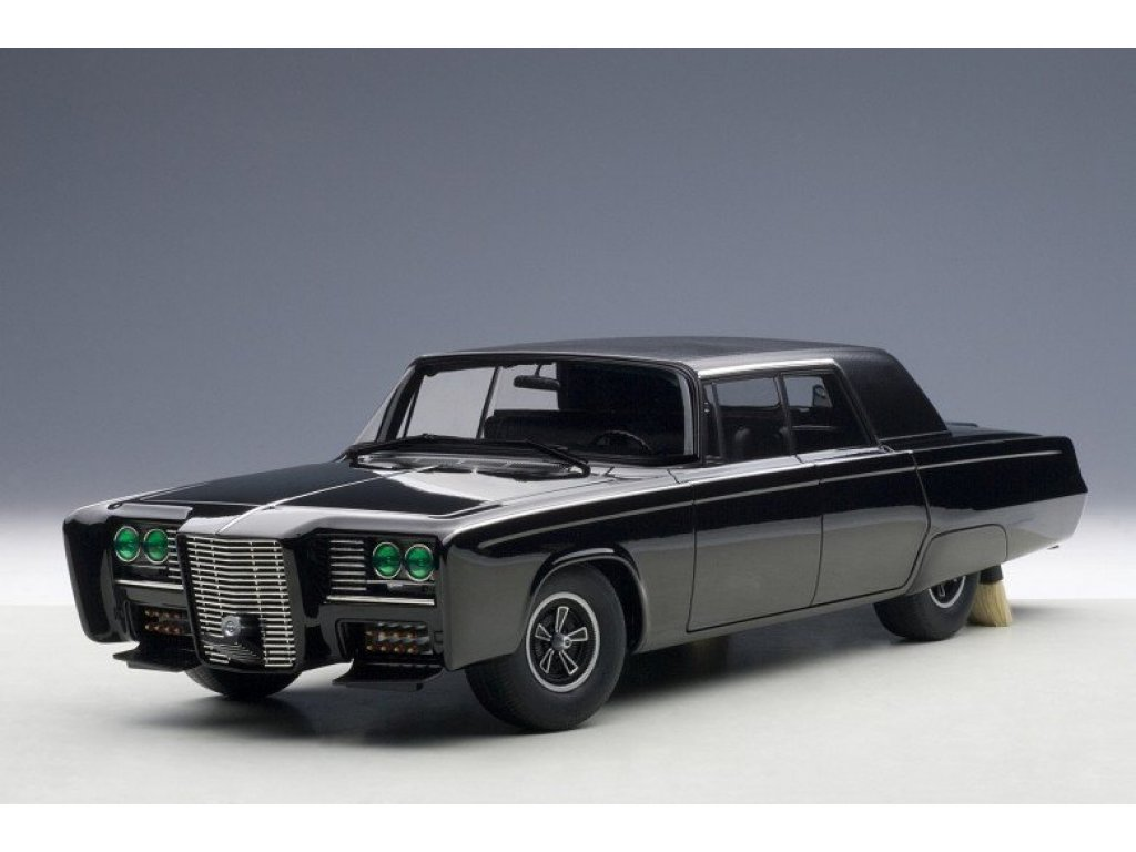 1:18 AUTOart Chrysler The Black Beauty из к/ф Green Hornet 2011 черный