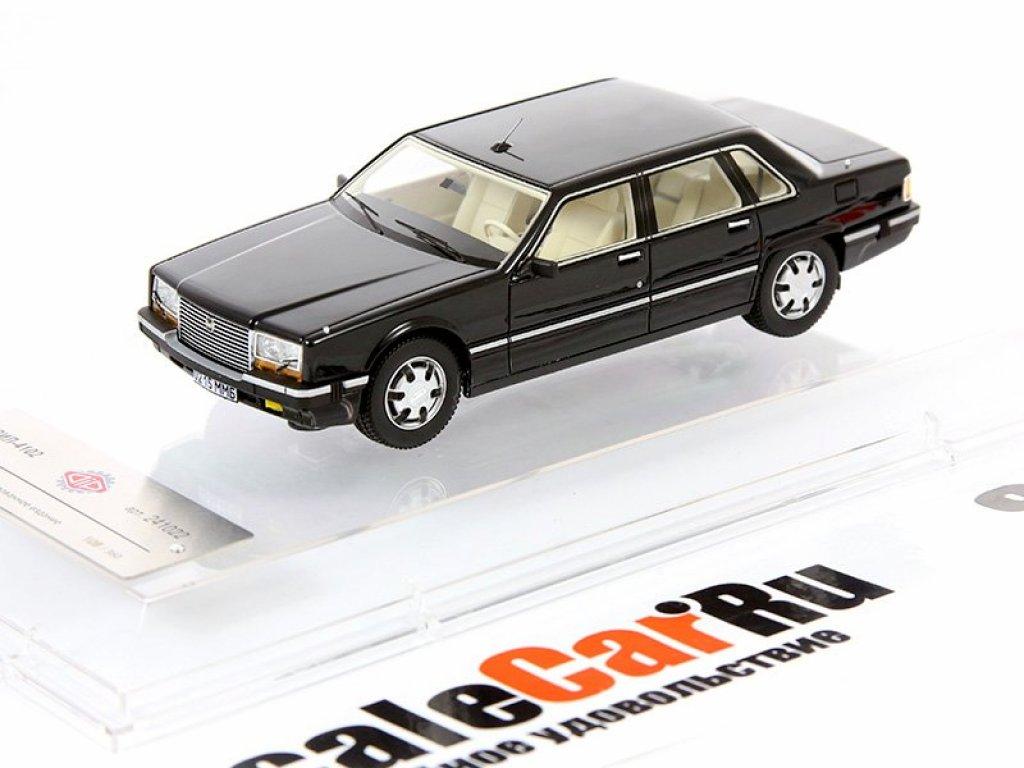 1:43 DiP Models ЗИЛ 4102 с видоизмененным бампером черный