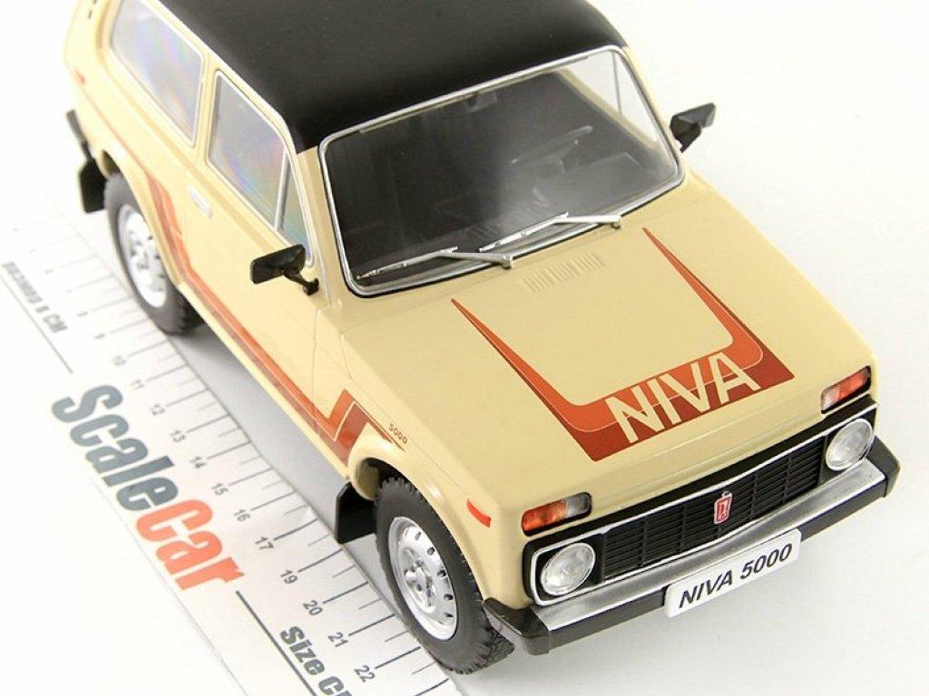 1:18 IST ВАЗ-2121 LADA Niva California 1981 бежевый