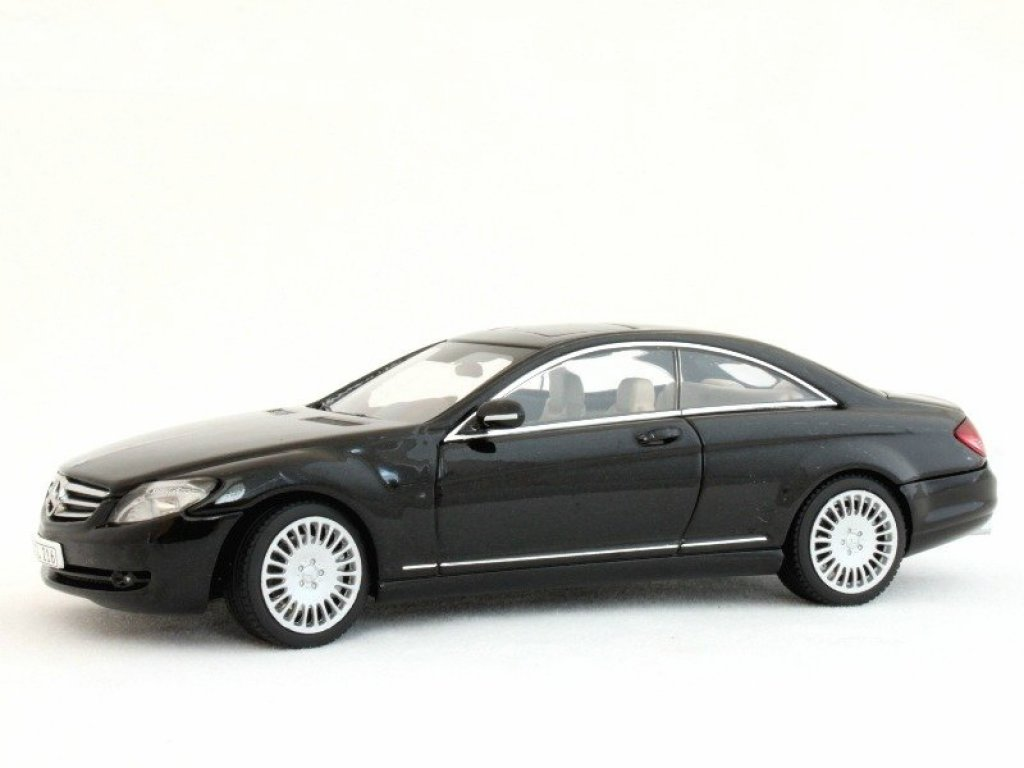 1:43 AUTOart Mercedes-Benz CL 500 C216 2006 BLACK