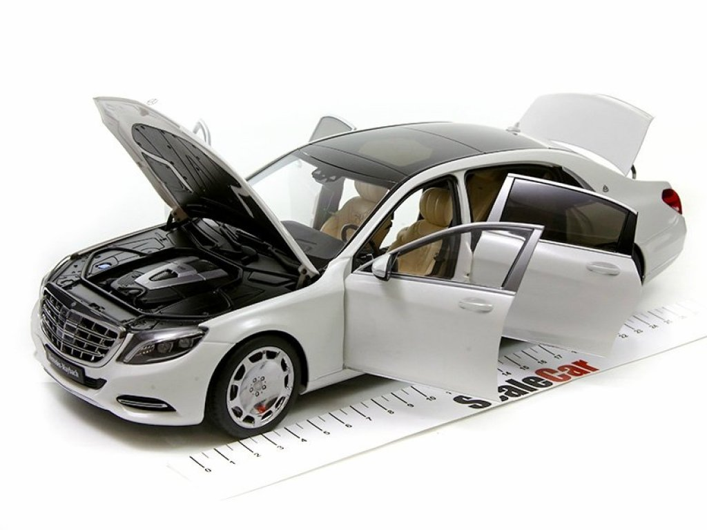 1:18 AUTOart Mercedes Maybach S600 SWB серебристый