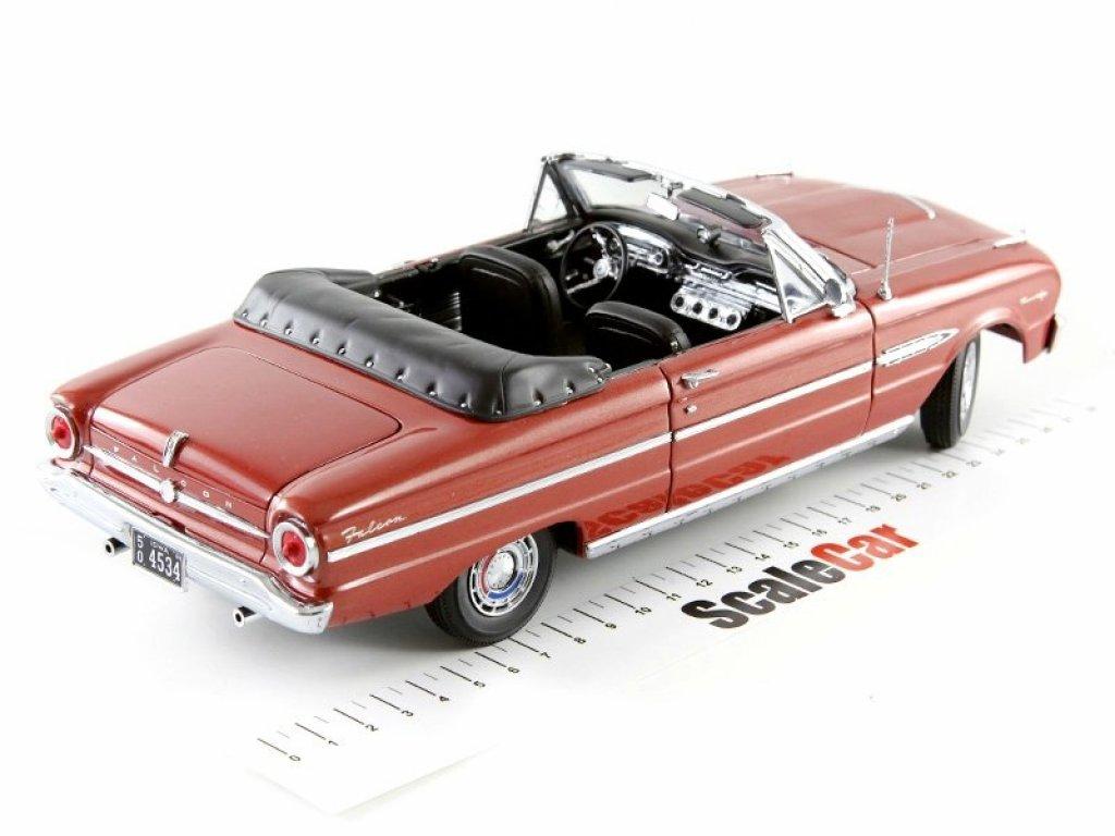1:18 Sunstar Ford Falcon Futura Convertible 1963 Chestnut Poly каштановый
