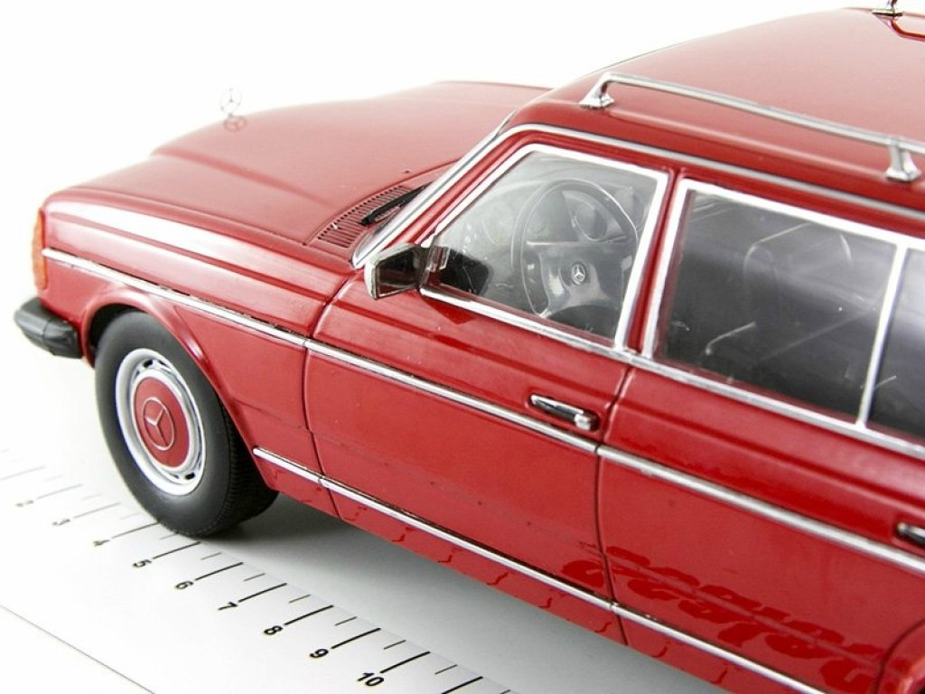 1:18 KK Scale Mercedes-Benz 250T S123 (W123) 1978 красный мет