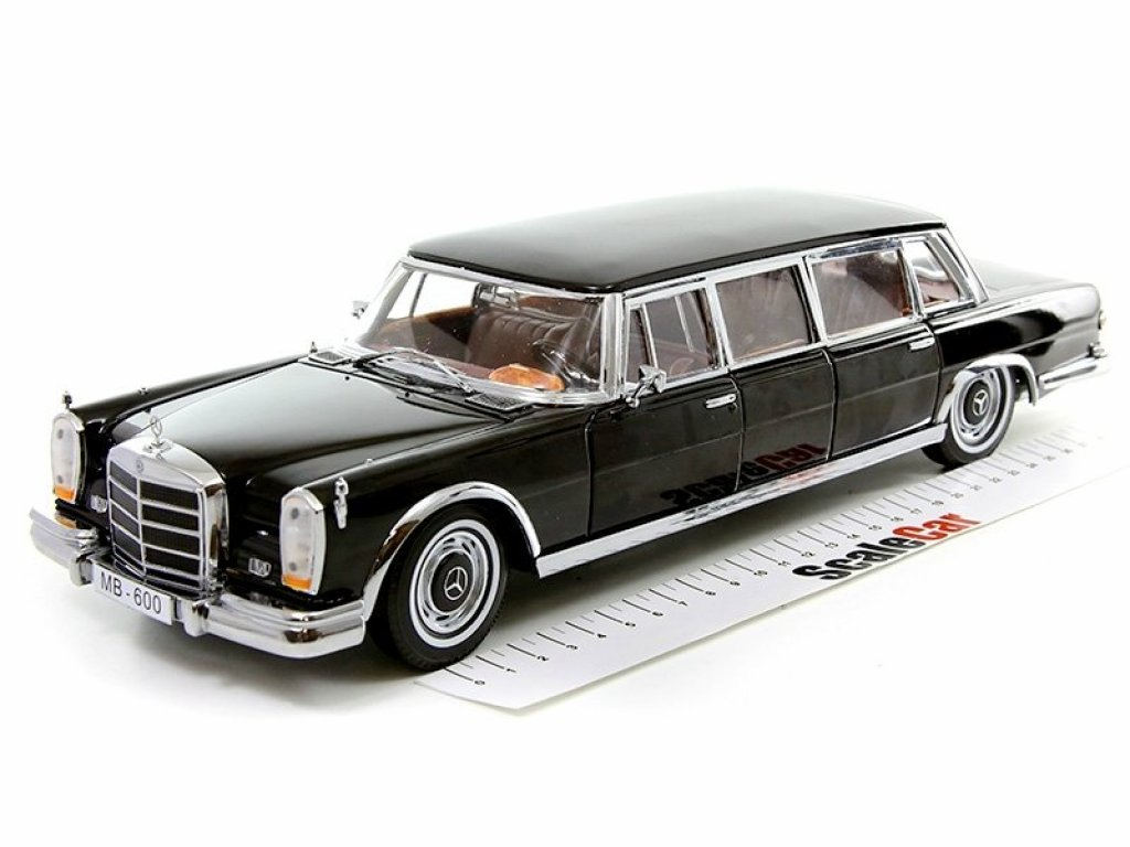 1:18 Sunstar Mercedes-Benz 600 Limousine (W100) 1966 черный