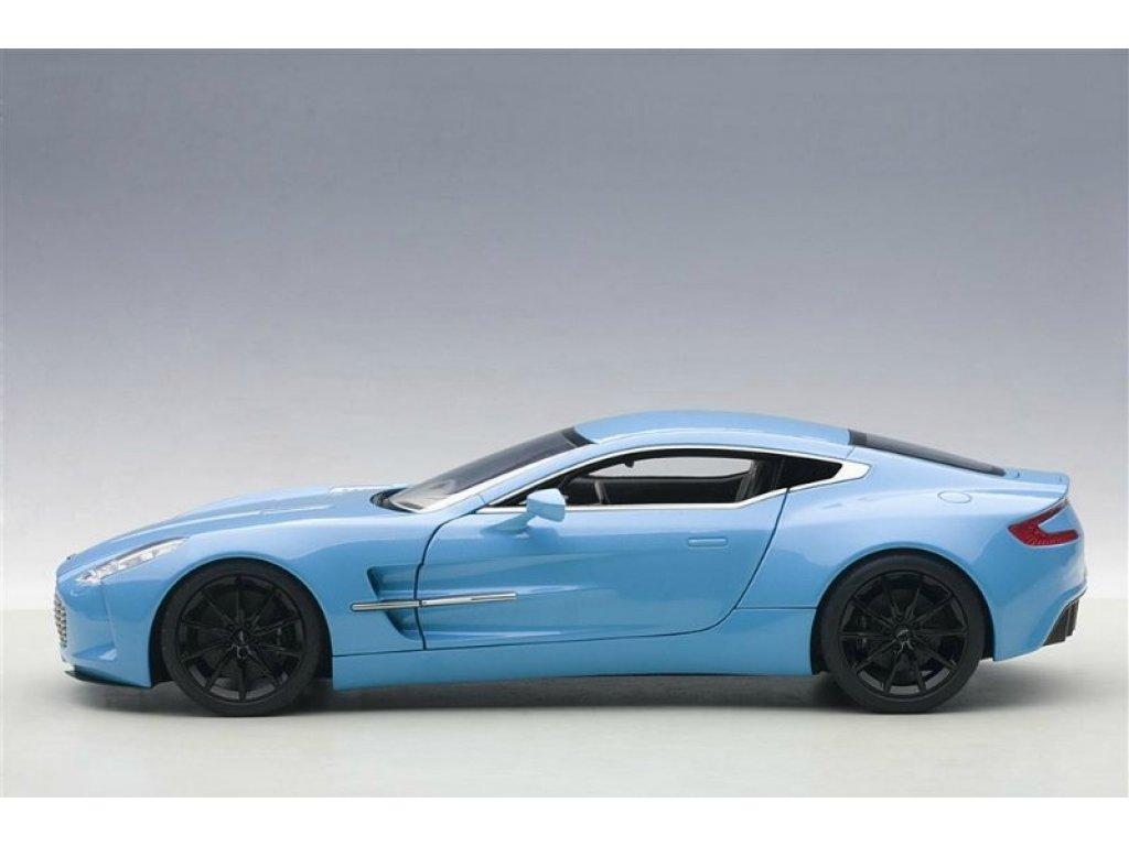 1:18 AUTOart Aston Martin One 77 2009 светло-синий
