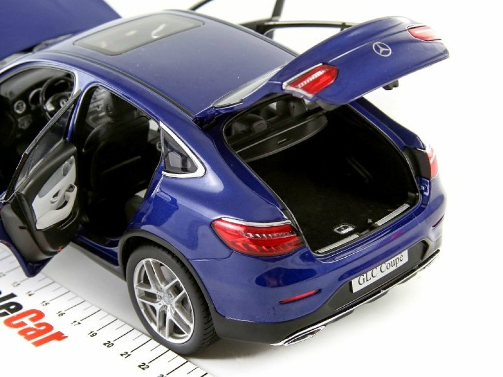 1:18 Norev Mercedes-Benz GLC Coupe 2016 C253 синий
