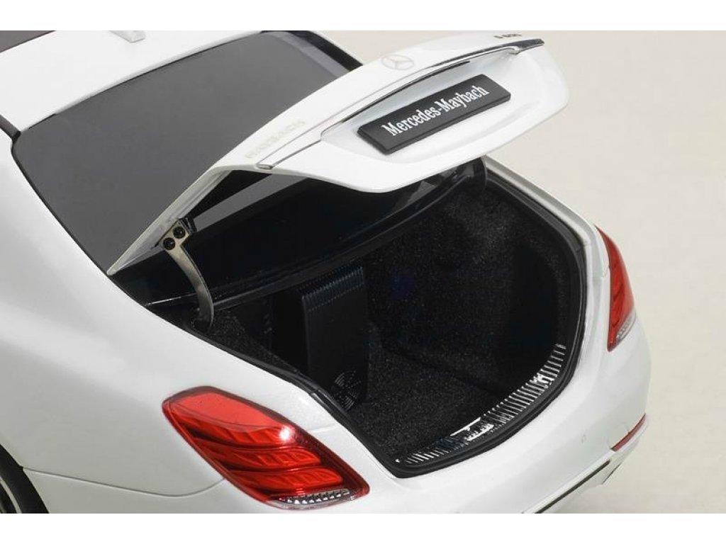 1:18 AUTOart Mercedes-Maybach S600 X222 (W222) SWB 2015 белый