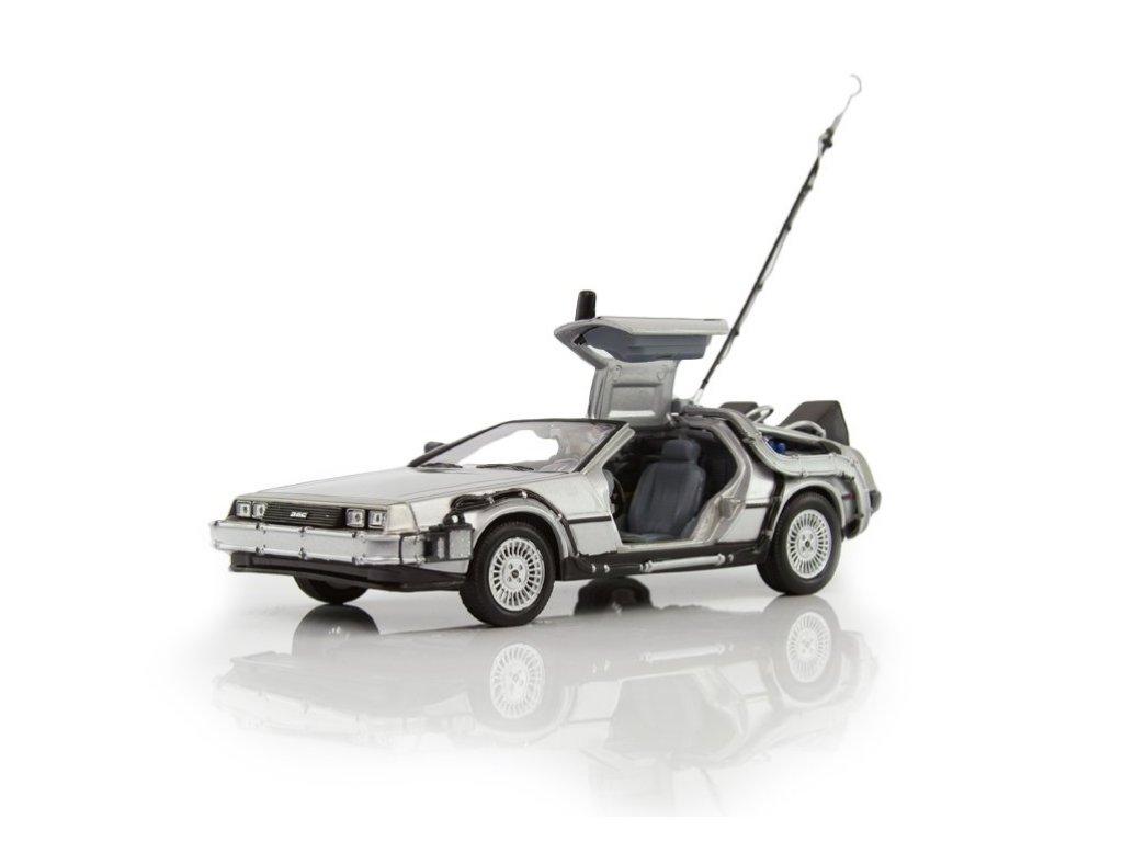 1:24 Welly DeLorean DMC-12 Back to the Future (из к/ф Назад в будущее) 1985