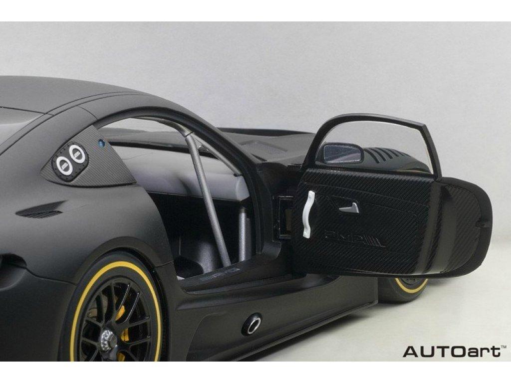 1:18 AUTOart Mercedes-Benz GT3 2015 Plain Body Version черный матовый