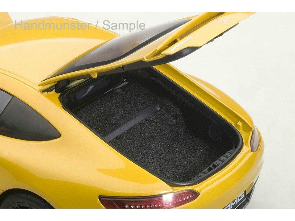 1:18 AUTOart Mercedes-Benz AMG GT-S желтый