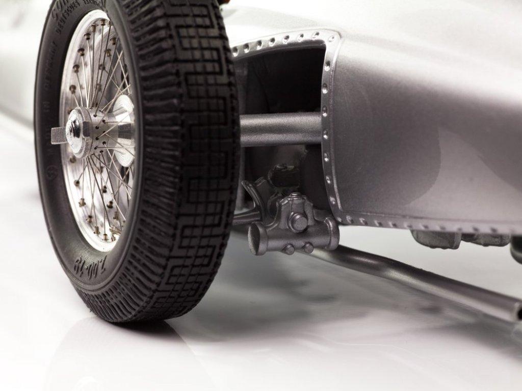1:18 CMC Mercedes W154 1938 серебристый