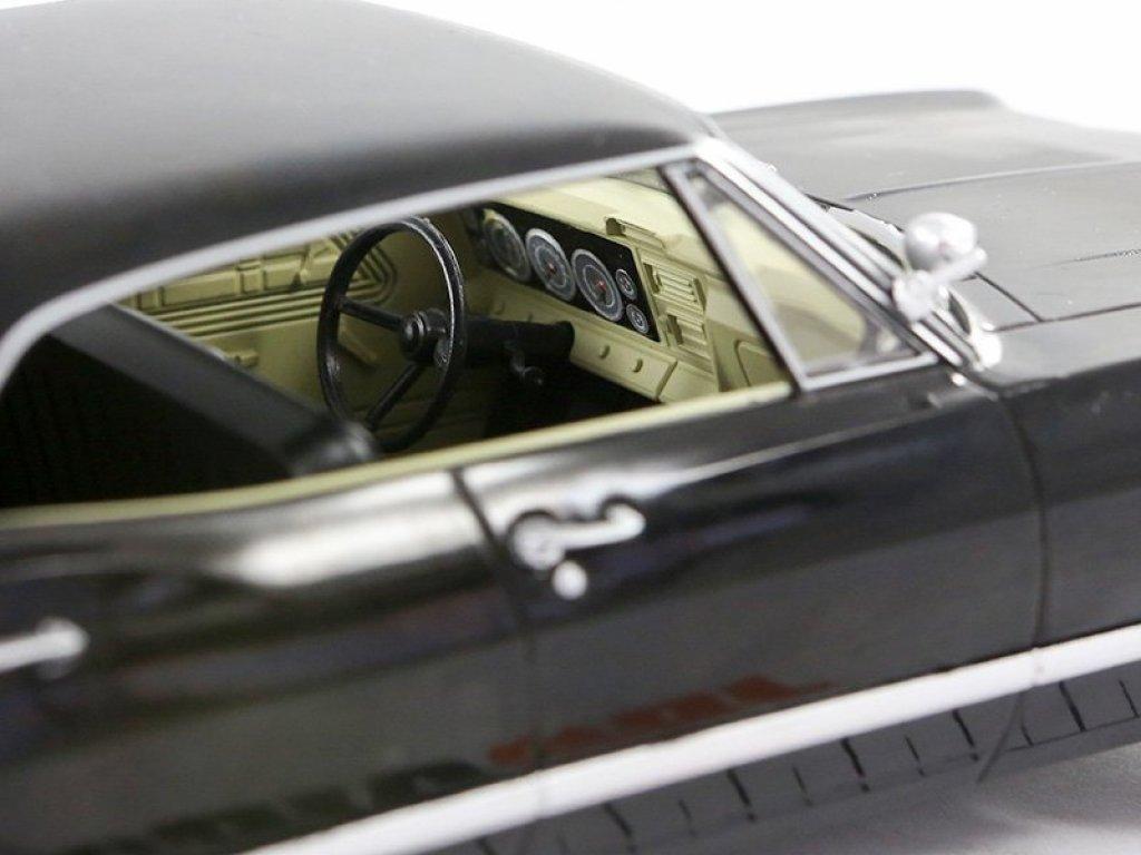 1:24 GreenLight Chevrolet Impala Sport Sedan 1967 черный из сериала Сверхестественное (Supernatural) с открывающимся багажником