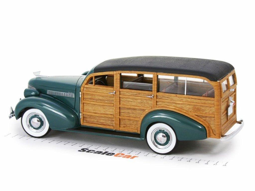 1:18 Sunstar Chevrolet Woody Station Wagon 1939, woody/yosemite green зеленый