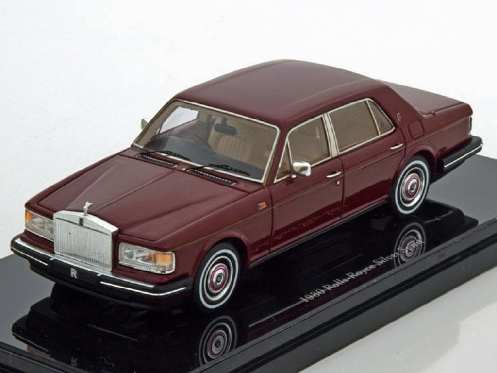 1:43 True Scale Miniatures Rolls-Royce Silver Spirit 1980 бордовый