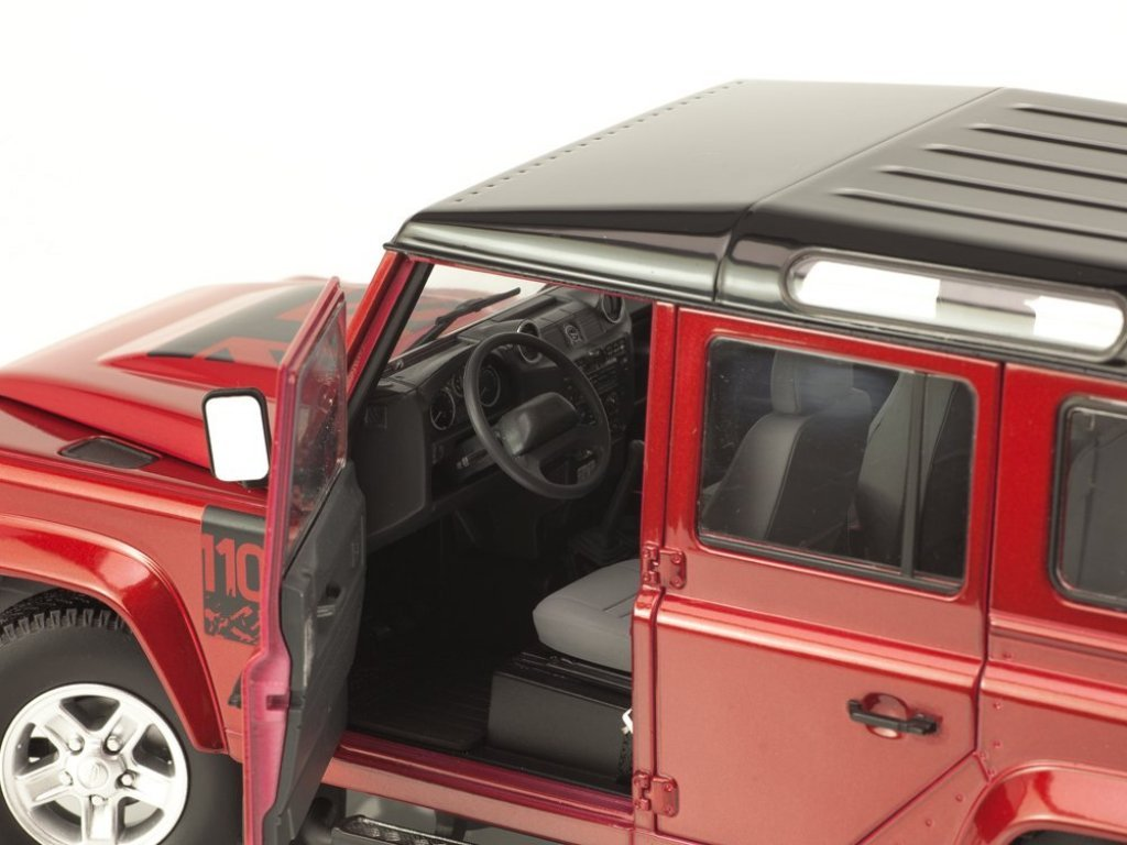 1:18 Century Dragon Land Rover Defender 110 красный