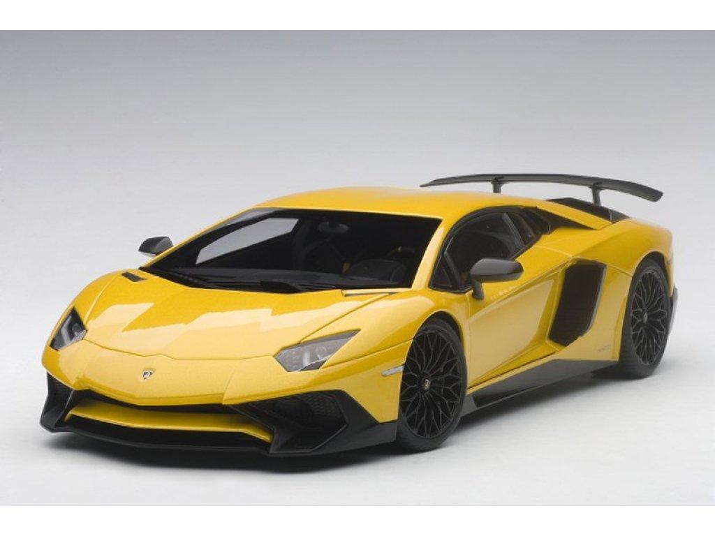 1:18 AUTOart Lamborghini Aventador LP750-4 SV 2015 (yellow) желтый