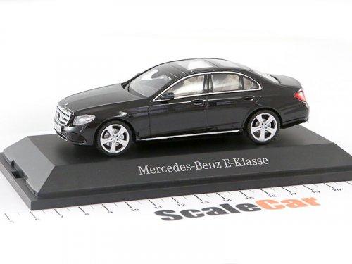 1:43 I-Scale Mercedes-Benz E-klasse Avantgarde 2017 W213 черный металлик