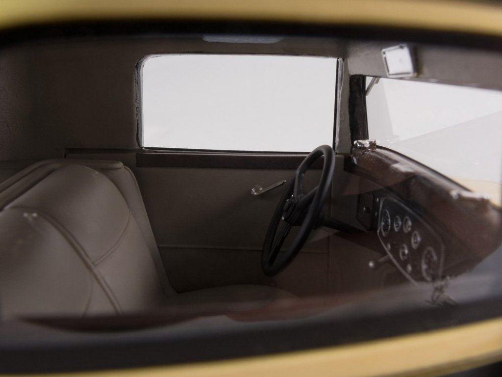 1:18 Best of Show Packard 902 Standart Eight Coupe 1932 желтый с черным