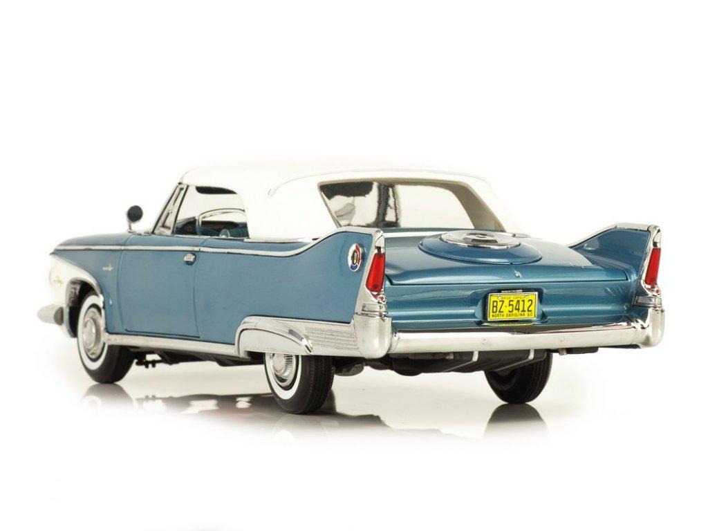 1:18 Sunstar Plymouth Fury Closed Convertible 1960 голубой металлик с белой крышей